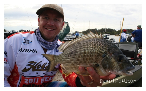 jason-meech_kayak-big-bream